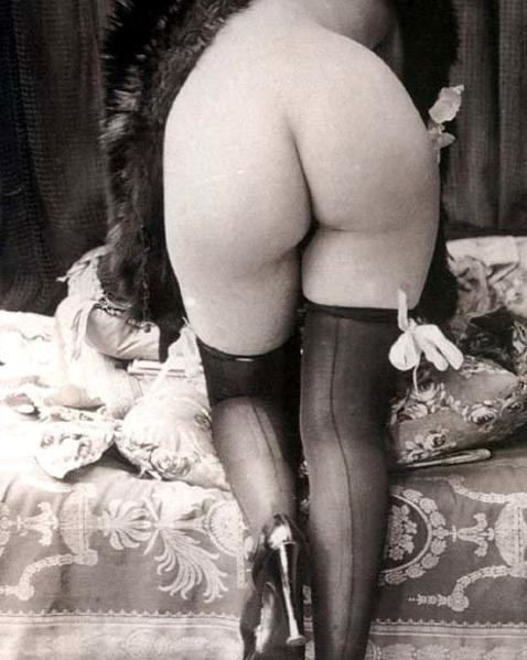 Черно-Белые Винтаж Порно Фото Сексуальных Голых Сучек В Чулках