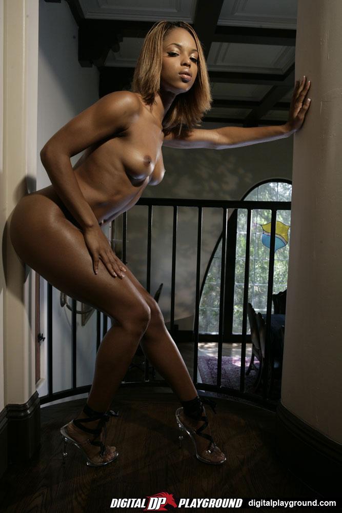 услугами данного блога женщина фото интим домашнее предложить зайти