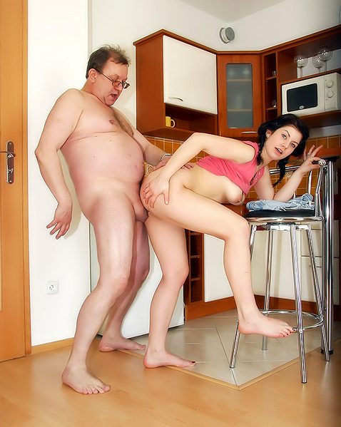 сейчас порно муж трахает жену толстушку на кухне фото эротики нас