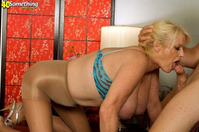 бабушек фоео порно