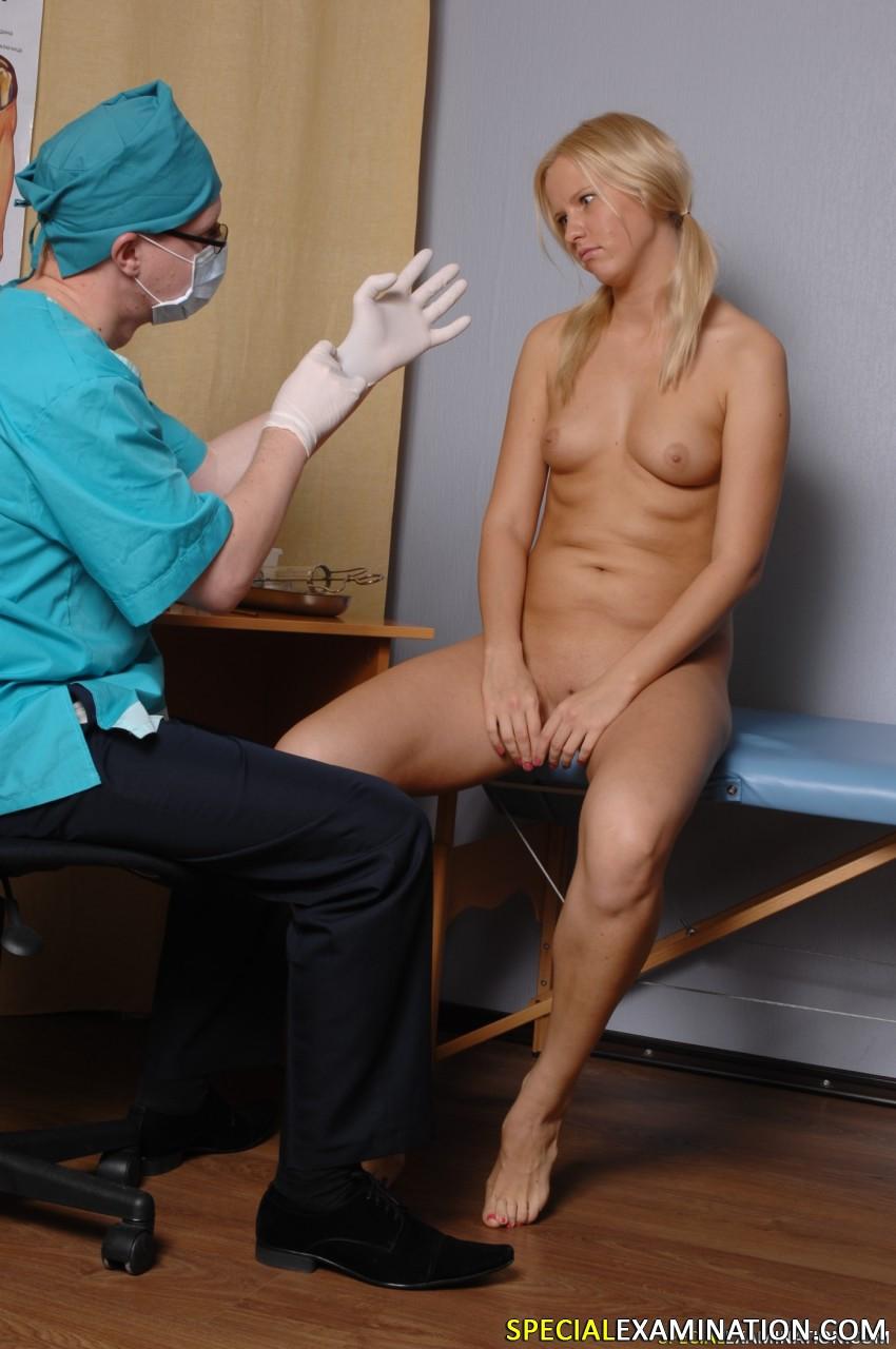 Помощница гинеколога эротика