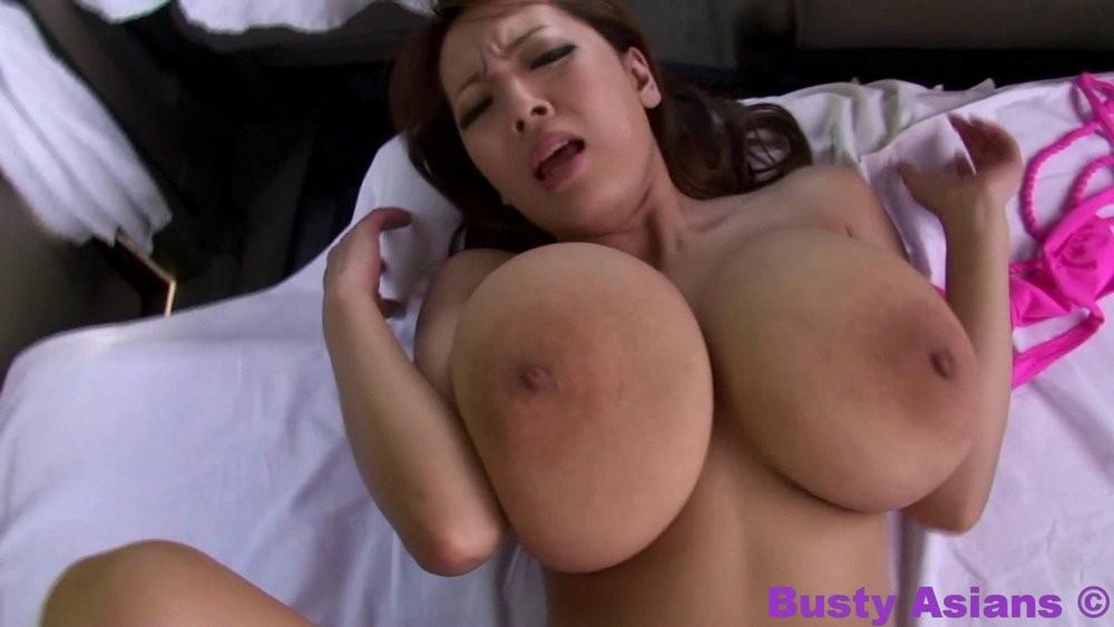 подборка трясущихся сисек порно