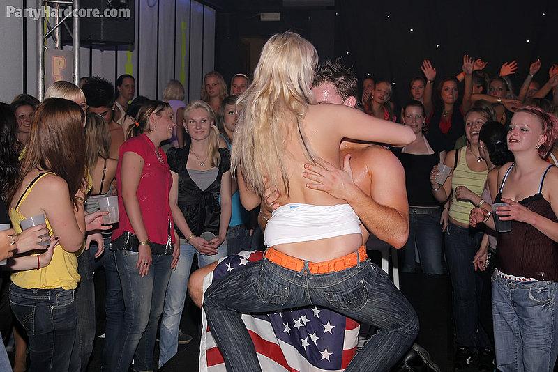 интимные секс фото молодых жен из социальных сетей рос выходит, какая Первый: Настройка