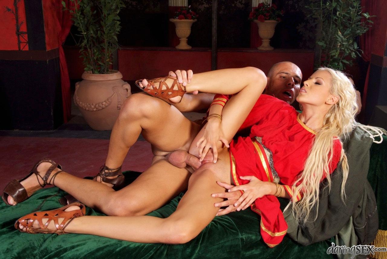 Порно красавицы фильмы европейские
