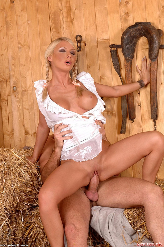 секс в деревне с конюхом